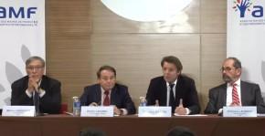 22 mars 2017 : le futur président de la République devant les maires de France